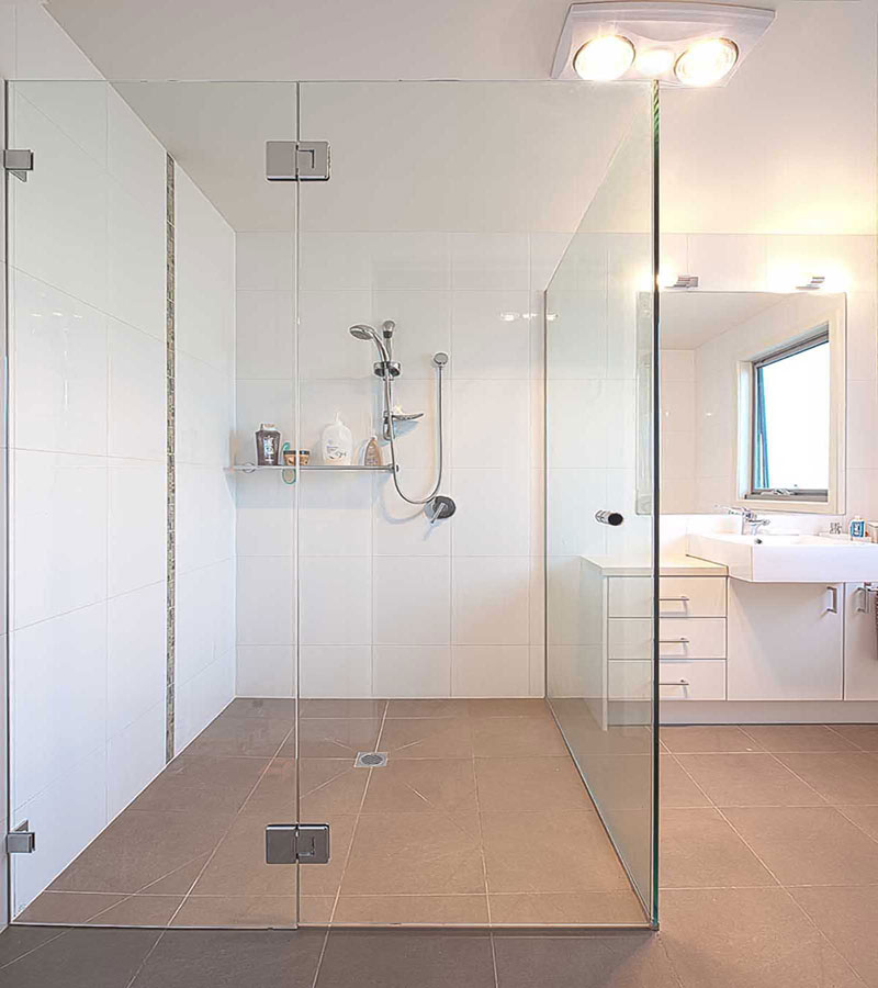 Frameless_Shower_Screen_Large_Ensuite_Renovation_The_Sands_Torquay_www.geelongsplashbacks.com.au